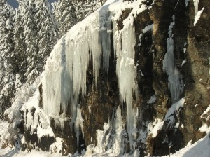 ice forms on cliff over highway 200 clark fork idaho